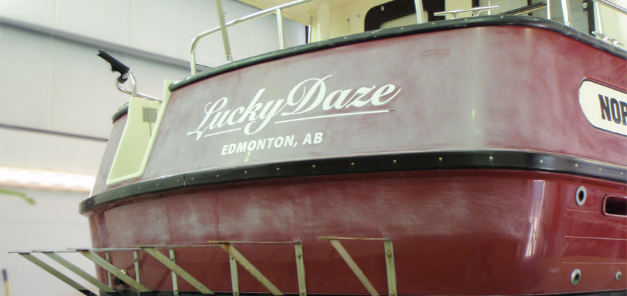 Yacht Hull Refinishing